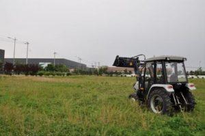 440x440-traktor-skaut-t-254s-s-frontalnym-pogruzchikom-fel-250_1597061766.979