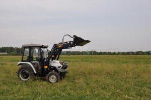 440x440-traktor-skaut-t-254s-s-frontalnym-pogruzchikom-fel-250_1597061767.979