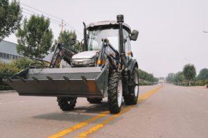 traktor-skaut-tb-804s-s-frontalnym-pogruzchikom-fel-800ks_1597061931